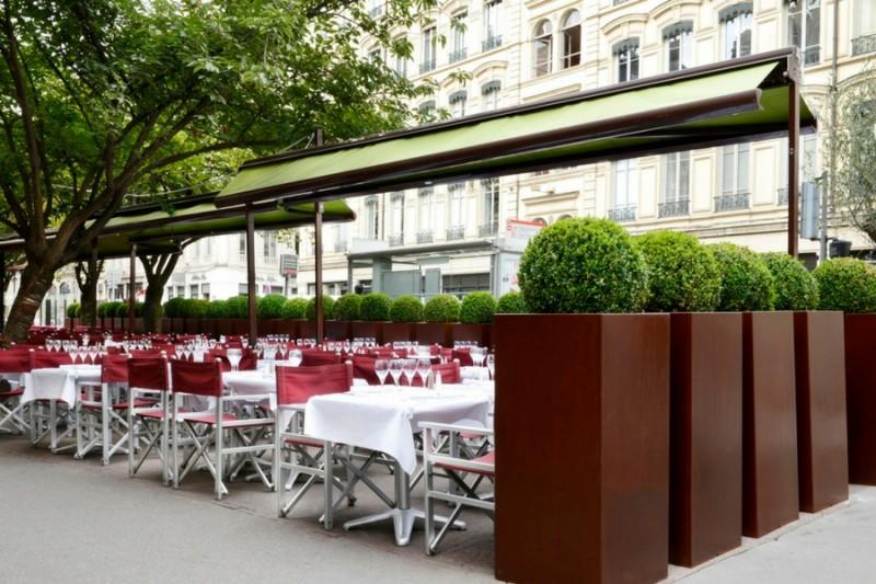 The Négociants Terrasse A Classic Of Lyonnais Summers